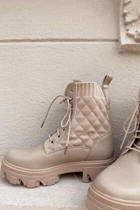 NDP - Marq Quilt Boot 9390