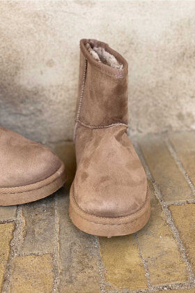 NDP - Sured Teddy Boot KH-09